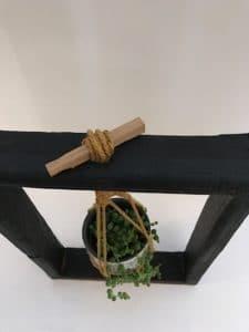 Cadre Végétal avec macramé, shou-sugi-ban